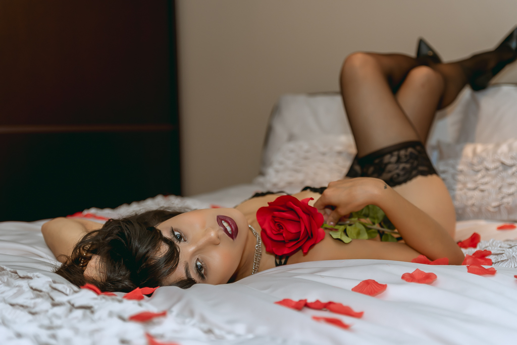 glam boudoir photography